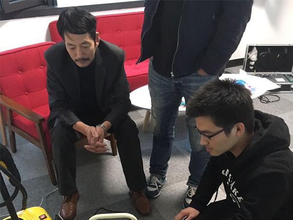 恭喜岑总成功代理创绿家除甲醛加盟品牌!