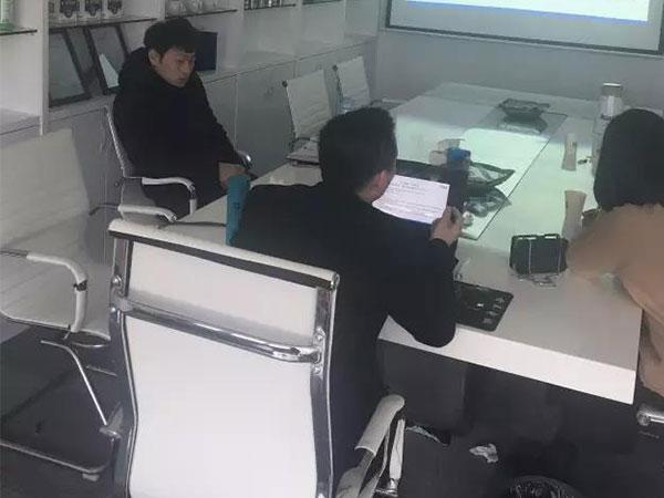恭喜宋总、方总成功代理创绿家除甲醛加盟品牌!