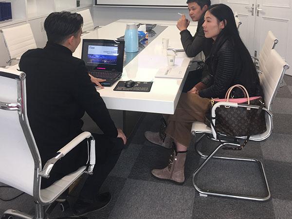 恭喜章总成功代理创绿家除甲醛加盟品牌!